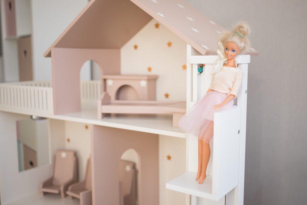 Лифт для кукольного домика