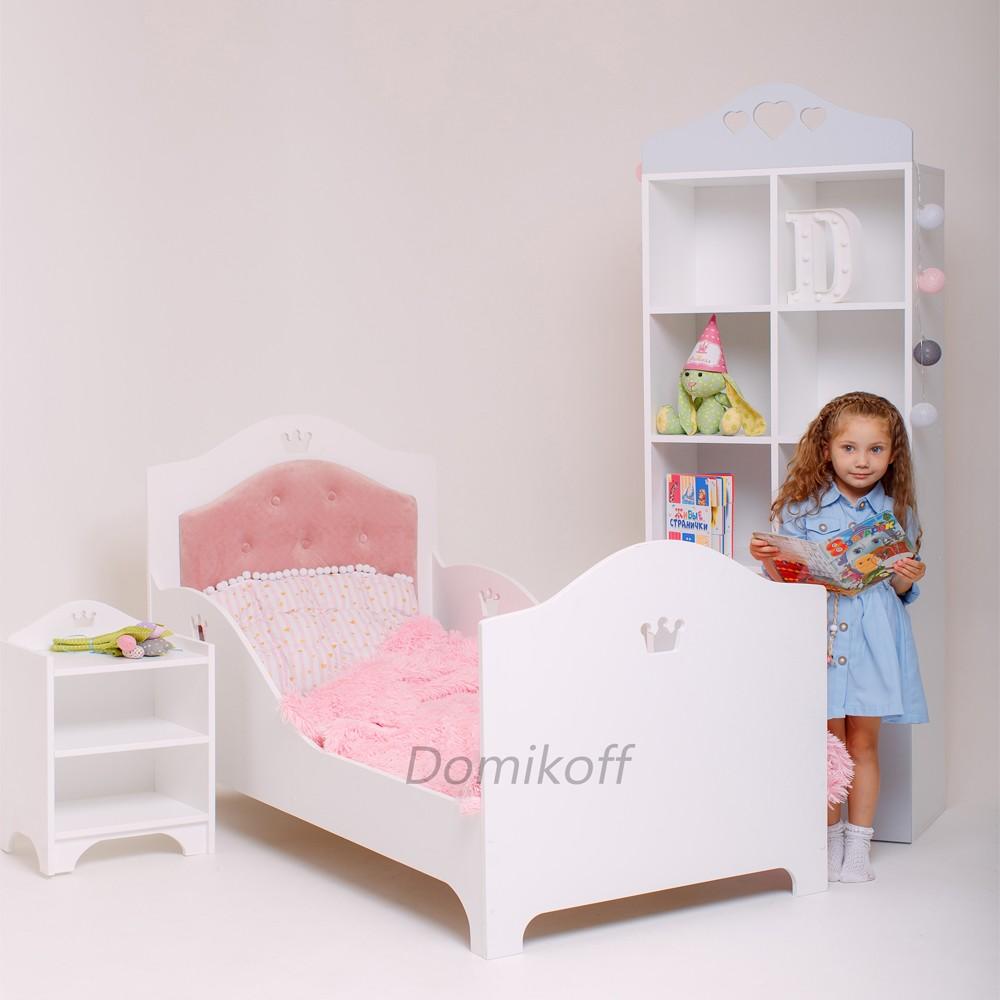 Кровать с велюровым изголовьем